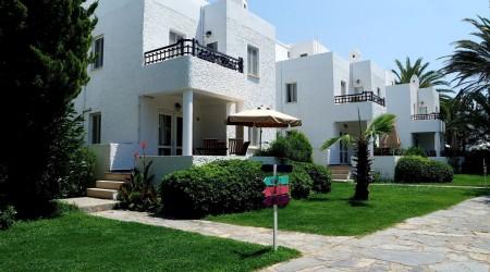 La Vida Blanca holiday villa.11